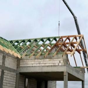 drewniany szkielet dachu